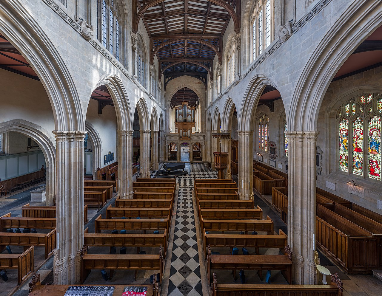 File st mary 39 s church interior 1 radcliffe sq oxford uk for Interior design wikipedia