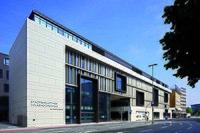 Stadtbibliothek Duisburg, Zentrale Aussenansicht.jpg