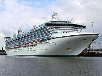 Grand-class cruise ship - Image: Star Princess
