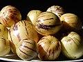 Starr-140402-0152-Solanum muricatum-fruit-Hawea Pl Olinda-Maui (24873892379).jpg