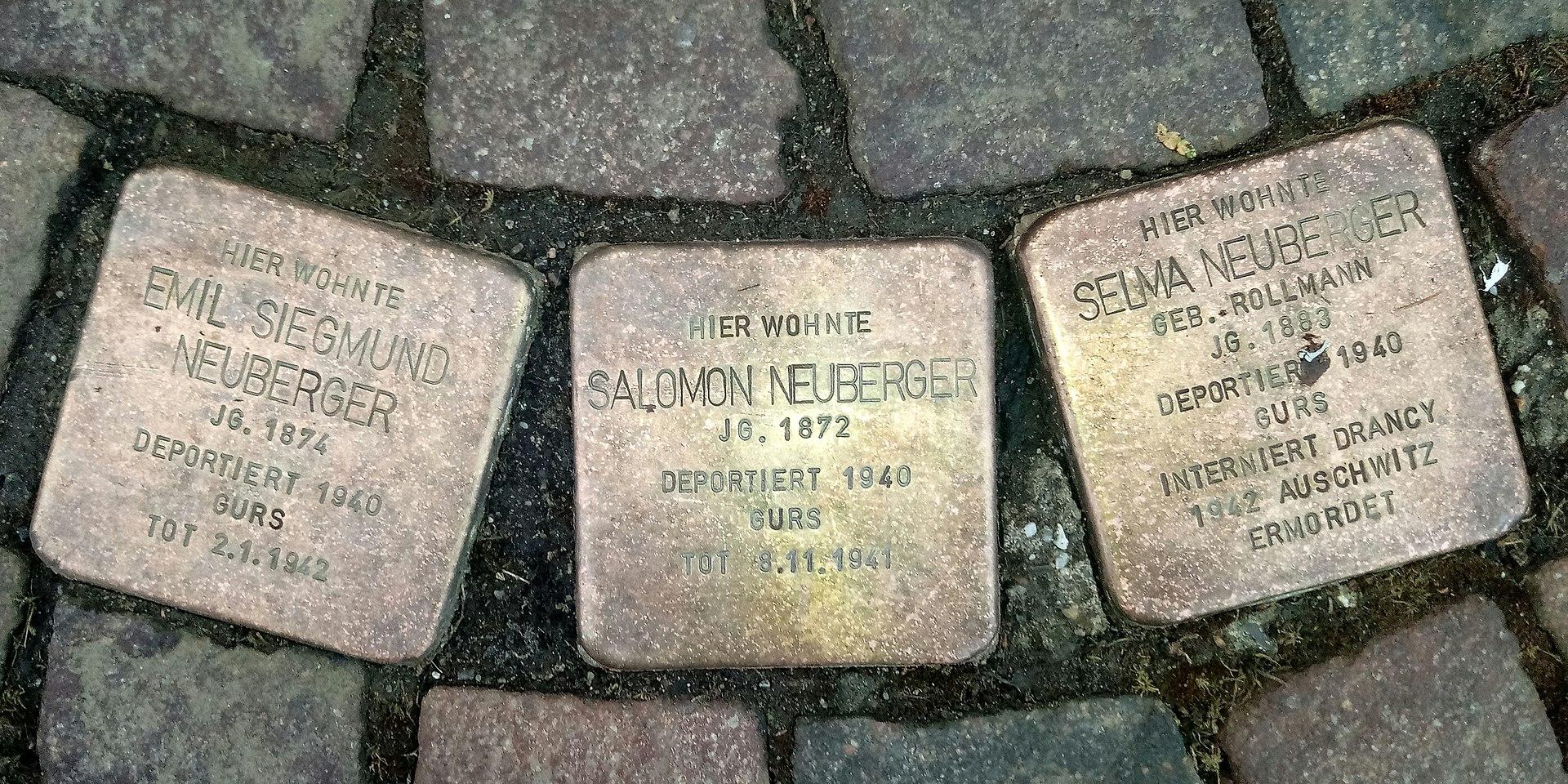 Stolpersteine für die Familie Neuberger