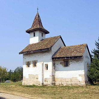 History of Christianity in Romania - Medieval church in Streisângeorgiu, Hunedoara county, dating from 1313 built over old timber church from the 11th century and with tombs from the 11th and 12th centuries