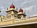 Structure with dome n Mysore palace.jpg