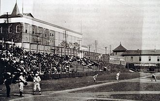 Sulphur Dell - The Nashville Vols playing at Sulphur Dell in 1908