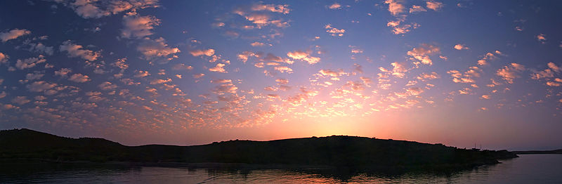 File:Sunrise Bodrum 05459 05465.jpg