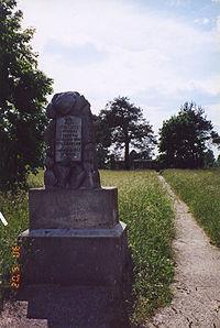 Pomnik po�wi�cony ofiarom nazizmu w Suwa�kach
