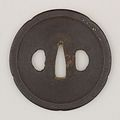 Sword Guard (Tsuba) MET 14.60.45 003feb2014.jpg
