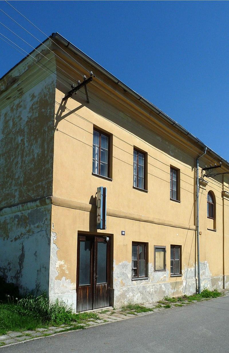 Synagoga Stádlec 05.jpg