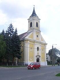 Tápióbicske római katolikus templom.JPG