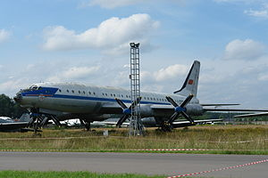 Central Air Force Museum - Image: TU 114 Cleat