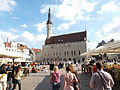 Tallinn Raekoja plats in June.jpg