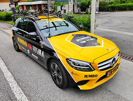 Mercedes - support car in 2019 Team Jumbo-Visma support car (2019 Giro d'Italia).jpg