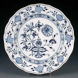 Blue Onion - Original Zwiebelmuster Meissen porcelain plate