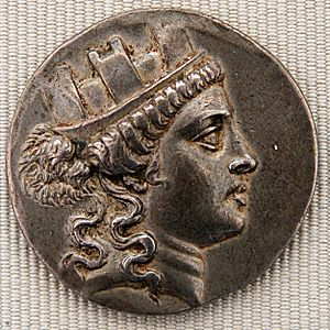 Mural crown - Mural crown on Cybele (silver tetradrachm issued by Smyrna, 160–150 BC)