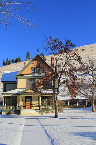 Campus of the University of Montana - Prescott House - Front and side view - University of Montana