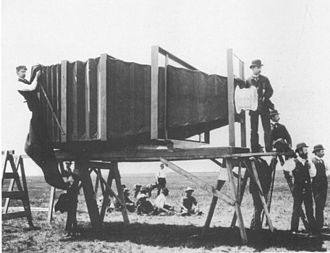 George R. Lawrence - The giant camera built by Lawrence in 1900
