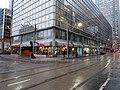 Tim Hortons, Toronto, Scott and Wellington, 2014 12 24 (3).JPG - panoramio.jpg