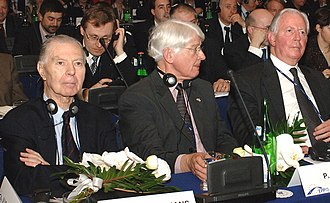 European People's Party - From left to right:Tindemans, Bukman and Santer; former presidents of the EPP