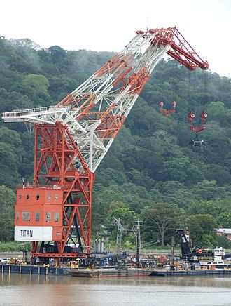 Herman the German (crane vessel) - Image: Titan Floating Crane