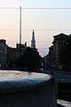 Torre Ghirlandina vista dalla Fontana dei due fiumi Modena.jpg