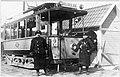 Tranebergssund Östra, spårvagn med personal vid ändstation för linje 2, år 1912.jpg