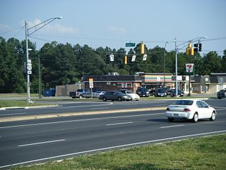 Maryland Route 331 - The northern terminus of MD 331 in Easton as viewed from eastbound US 50.