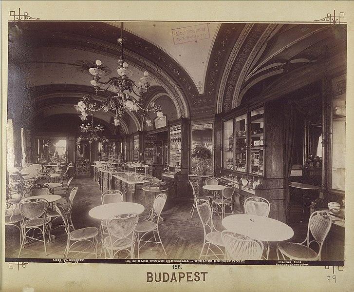 File:Vörösmarty (Gizella) tér, Gerbeaud cukrászda. - Budapest, Fortepan 82480.jpg