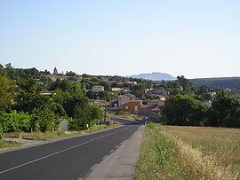 The village of Valhauquès seen from the south.
