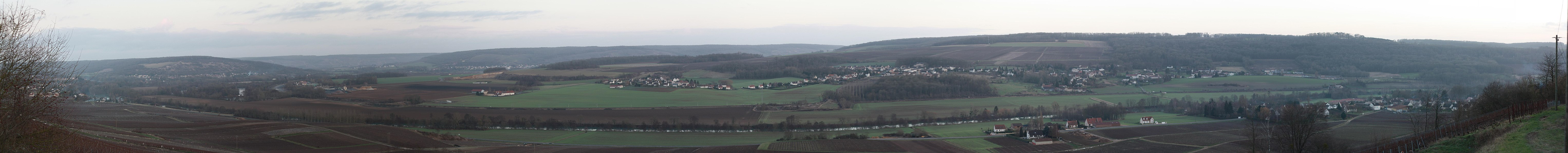 Panoramic view of river Marne valley in Gland, Aisne, France.