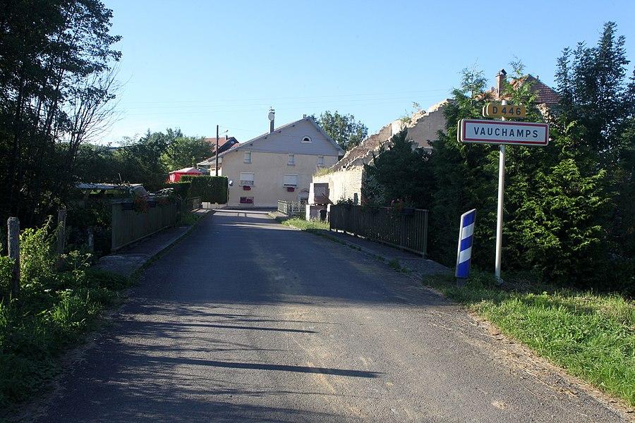 Entrée de Vauchamps (Doubs).