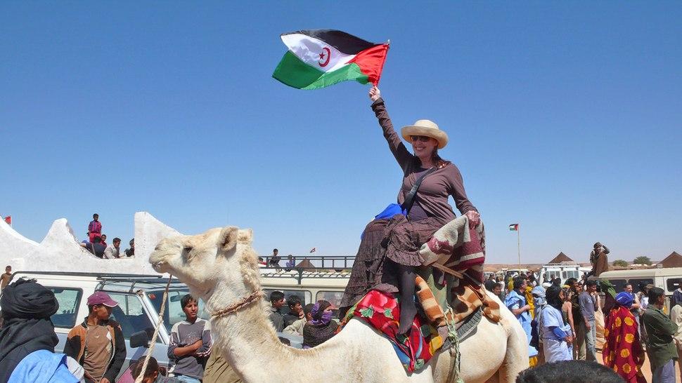 Veronica Forque en el Sáhara libre