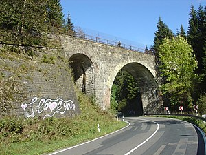 Langelsheim–Altenau (Oberharz) railway - Viaduct over a country road shortly before the terminus