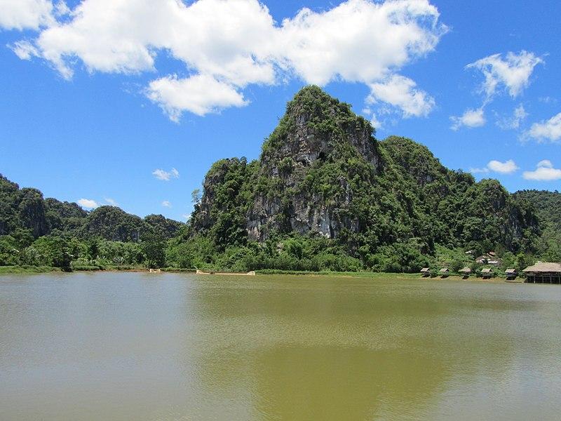 File:Viang Xai, Laos - panoramio (3).jpg