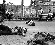 Personas del Viet Cong muertas en combate, Vietnam, mayo de 1968