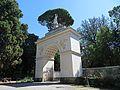 Villa Borghese - Arco di Settinio Severo - panoramio.jpg