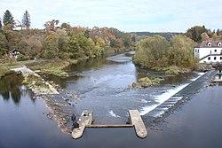 Řeka Otava, asi 5 km severně od Písku.
