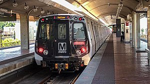 WMATA Kawaski 7000 Series on the Yellow Line.jpg