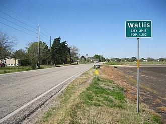 Farm to Market Road 1952 - Image: Wallis TX Sign on FM 1952