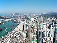 West Kowloon Highway near Cheung Sha Wan 2018.jpg