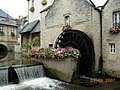 Working water wheel in bayeux centre ville - panoramio.jpg