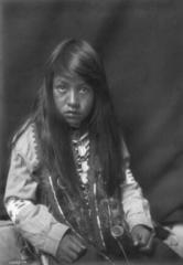 EDWARD SHERIFF CURTIS LE PHOTOGRAPHE DES AMÉRINDIENS 166px-Yakima_boy