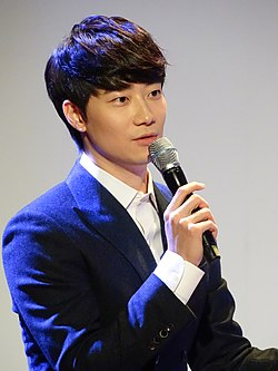 Yoonhan at the concert 'Yoonhan Cinema Concert' in Seoul.jpg