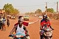 Zweierpasch in Bamako, Mali.jpg