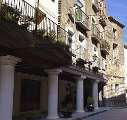 """""""Porches"""" de la plaza de Fonz.jpg"""