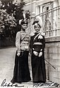 Великие княжны Ольга и Татьяна Николаевны 1910.jpg