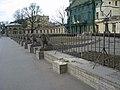 Дача Безбородко, ограда01.jpg
