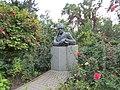 Пам'ятник-бюст І. П. Котляревському.1.JPG