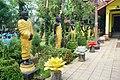 002 Line of Buddhas (25595077577).jpg