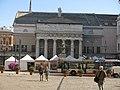 010 Teatro Carlo Felice, façana oest (Gènova), des de la Piazza Raffaele De Ferrari.jpg