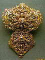 18th century portuguese devant de corsage or stomacher made of gold and diamonds, National Museum of Ancient Art.JPG